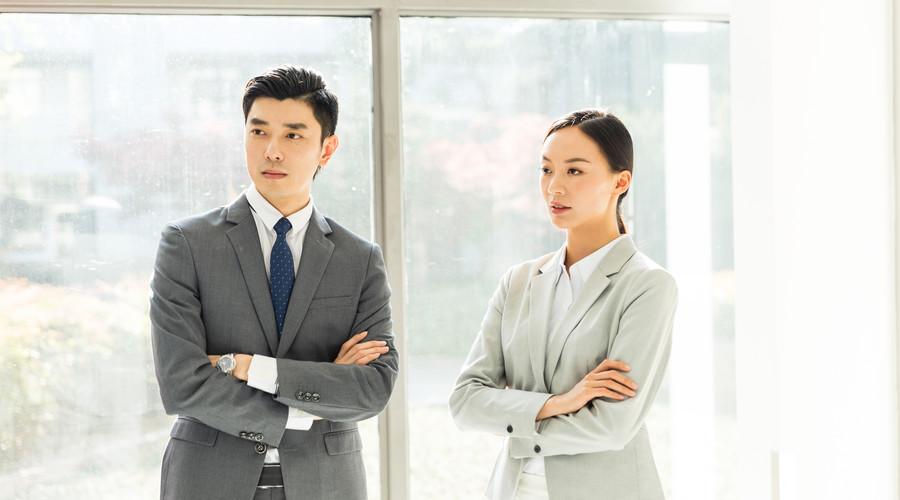 诉讼离婚、结婚证、离婚律师